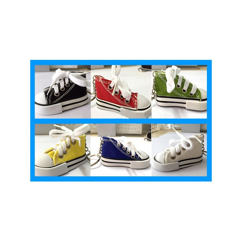 Stupendo portachiavi a forma di scarpa scarpetta Converse in ...